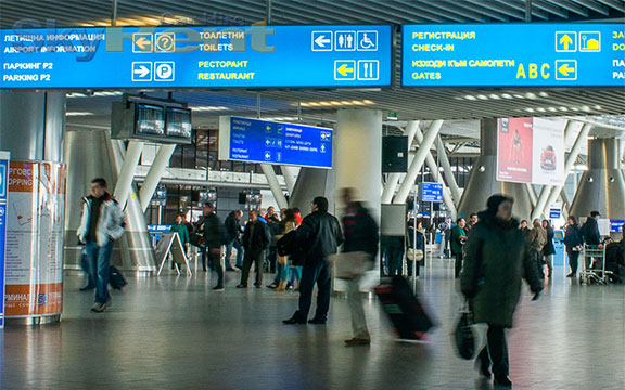 autopůjčovna sofia letiště bulharsko automatická převodovka